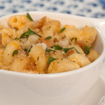 All-natural, baked mac n' cheese. Credit: FreshDine