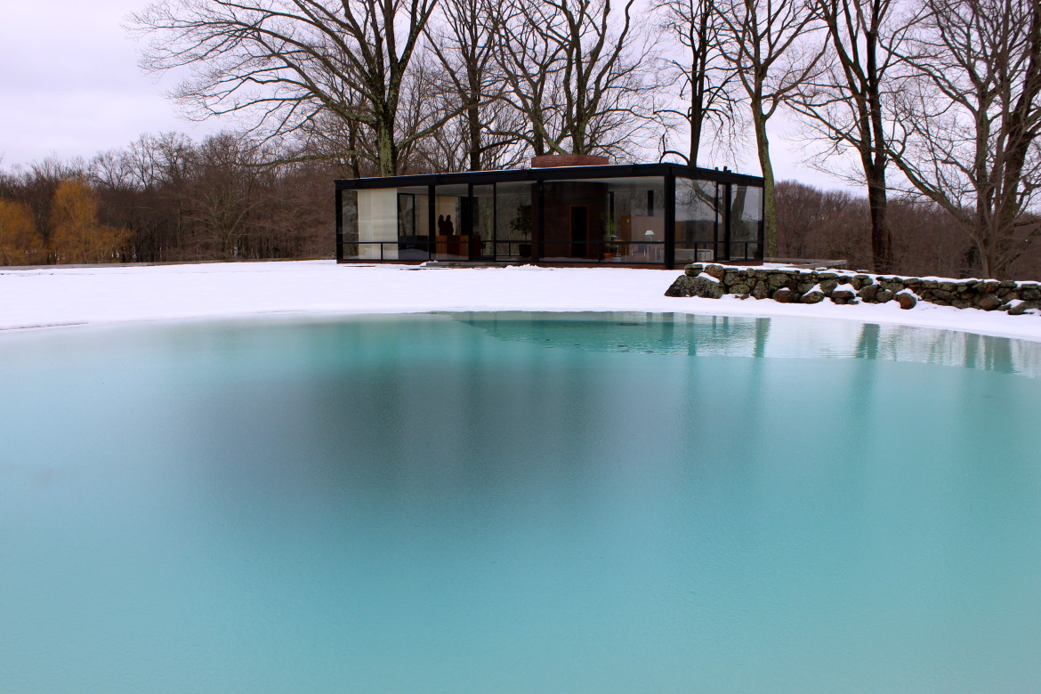Philip Johnson Glass House facing financial crunch and neighbors' concerns, philip johnson glass house  pursues expansion of operations