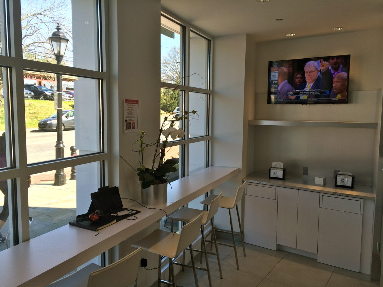 The O-Bar at Oxygen Fitness sells juices, smoothies and cleanses—using all-organic produce—and is open to nonmembers.