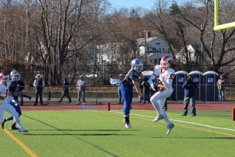 Kyle Smith with a TD reception. Credit: Terry Dinan