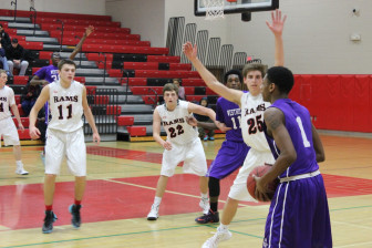 New Canaan on defense. Credit: Terry Dinan