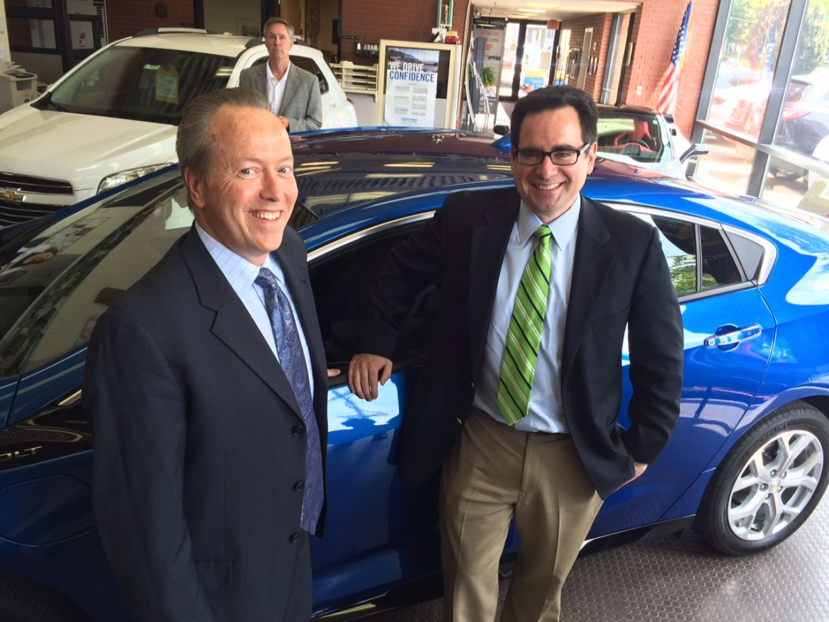 High Praise for New Canaan's Karl Chevrolet, 'Volt' Electric Vehicle