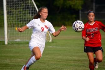 Schuyler O'Mahony of the New Canaan High School varsity girls soccer team. Photo by Amy Murphy Carroll