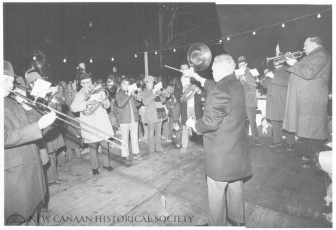 Caroling at God's Acre. December 28, 1972. Syd Greenberg photo, courtesy of the New Canaan Historical Society