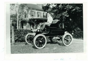 C.E.T. Fairty with the 1904 Northern just after the family purchased it. Contributed