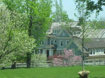 Looking toward the Streinger home at 785 Oenoke Ridge Road, across the rear of the property at 757 Oenoke Ridge Road. Assessor photo