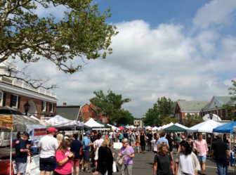 Scenes from the 2015 Sidewalk Sale in New Canaan, July 18. Credit: Michael Dinan